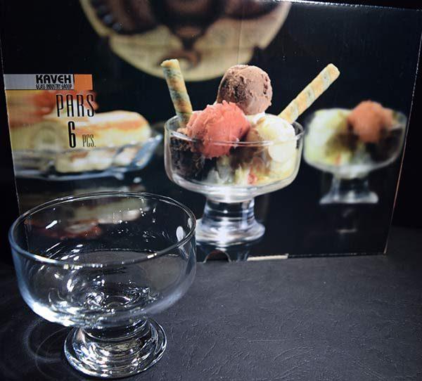 بستنی خوری